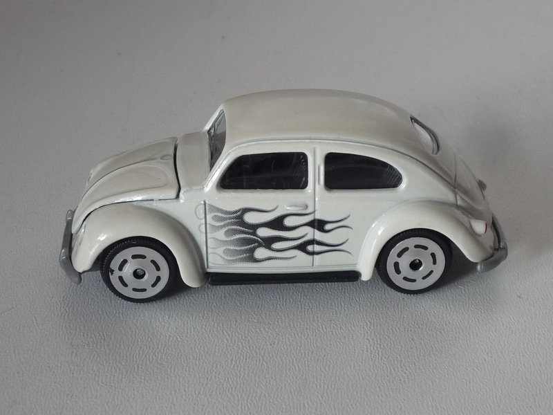 N°241A VOLKSWAGEN COCCINELLE OVALE  39407926wt