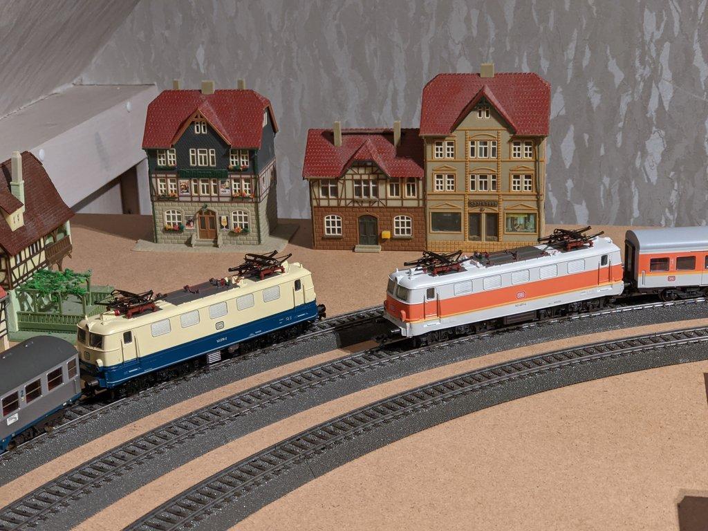 DB E10/E40/E41/110/140/141 im Einsatz - Seite 2 39574693as