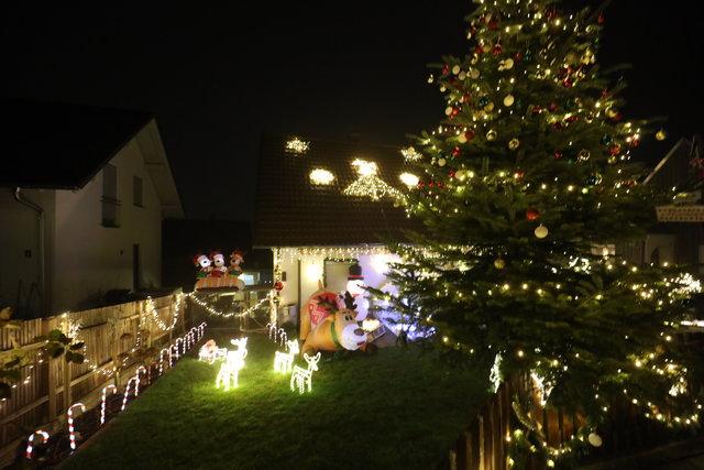 Erinnerung an alle - Weihnachten steht bald vor der Tür 40118975wq