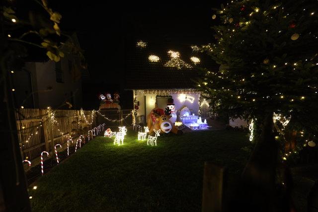 Erinnerung an alle - Weihnachten steht bald vor der Tür 40118978ww