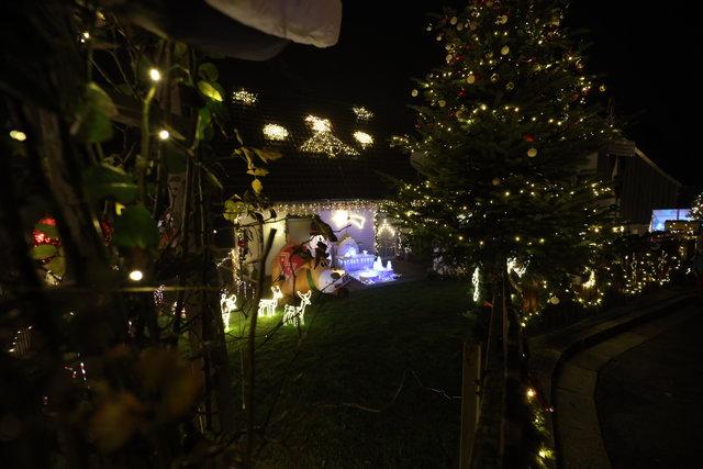 Erinnerung an alle - Weihnachten steht bald vor der Tür 40118982po