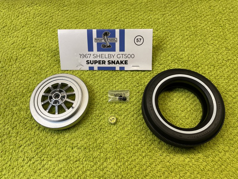 GT500 Super Snake / Agora Models, 1:8 - Seite 3 40349358bw