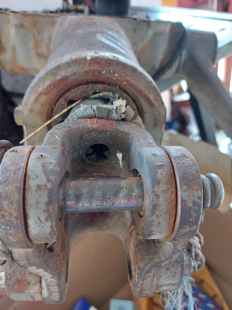 Traktor IMT 533  & 539 opća tema tema traktora - Page 2 40547706ro
