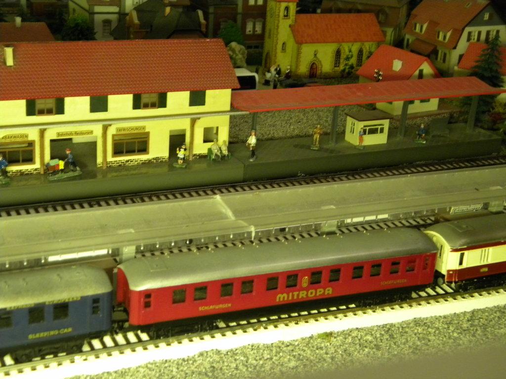 D214 mit Zwischenstopp in Hellau 40607410dm
