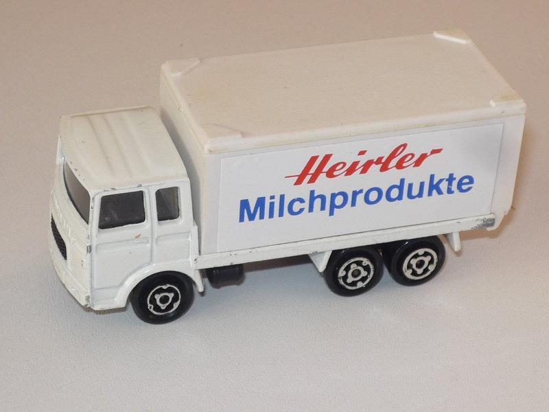 N°109 Saviem (Citerne, Container) 41051433wo