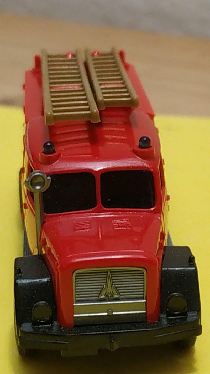Wiking Feuerwehren - Seite 2 41569704oq
