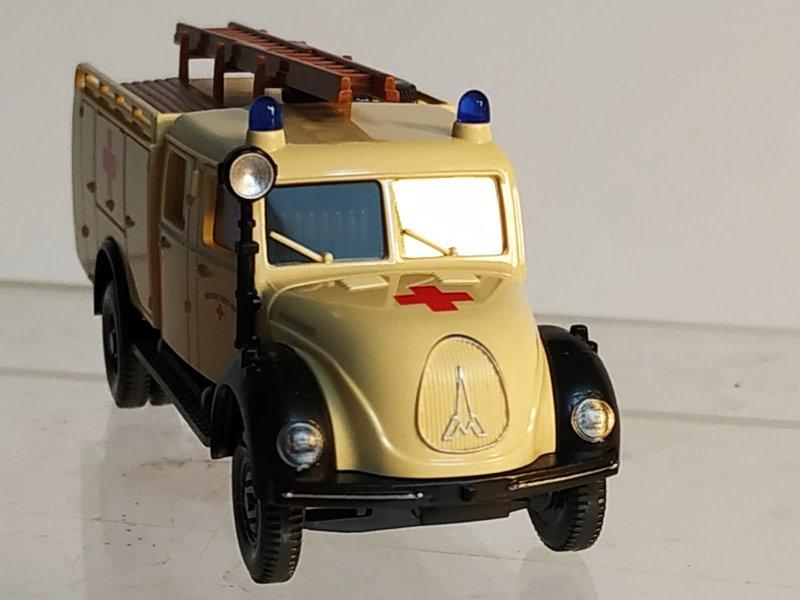 Wiking Feuerwehren - Seite 2 41625910eh