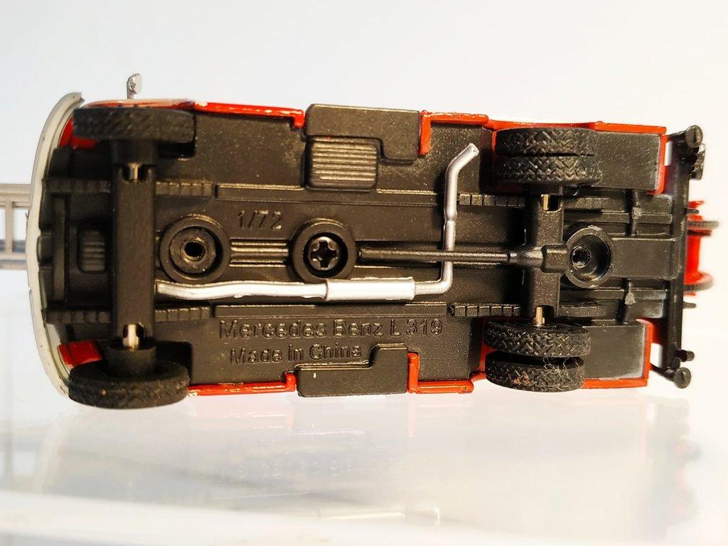 Feuerwehrmodelle aus der Atlas-Collection   41638852ct