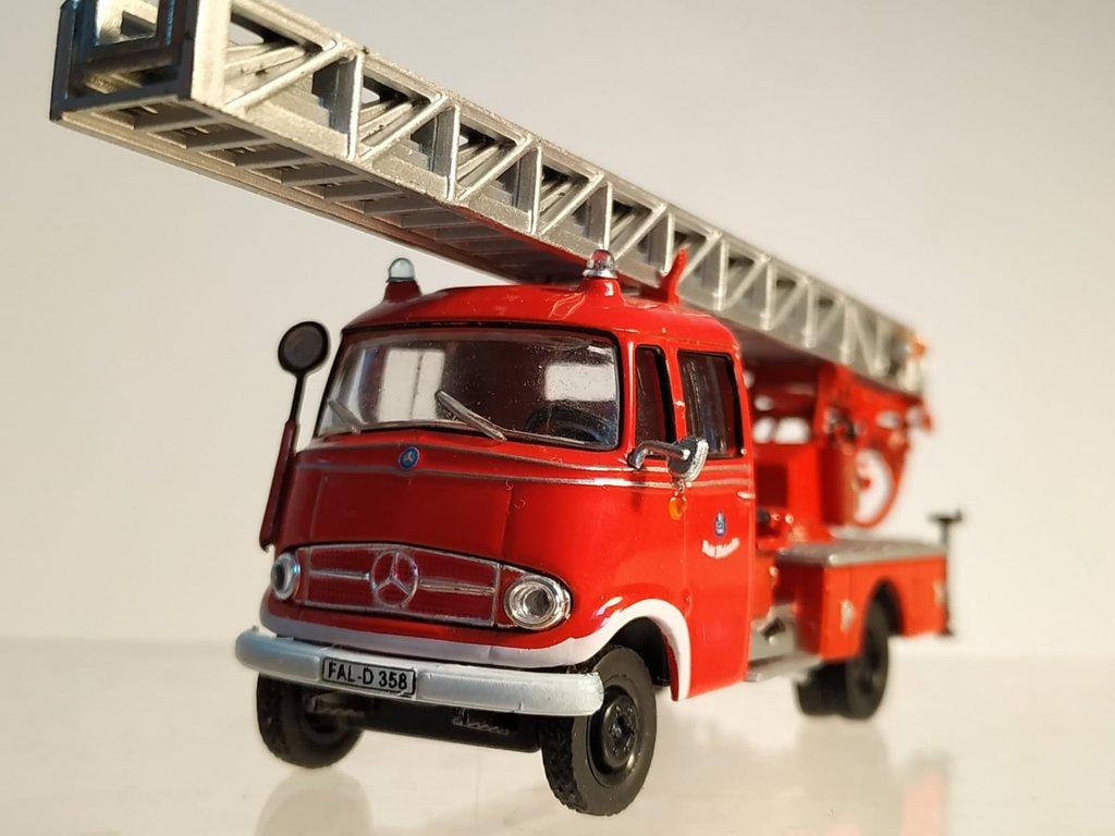 Feuerwehrmodelle aus der Atlas-Collection   41638854ch