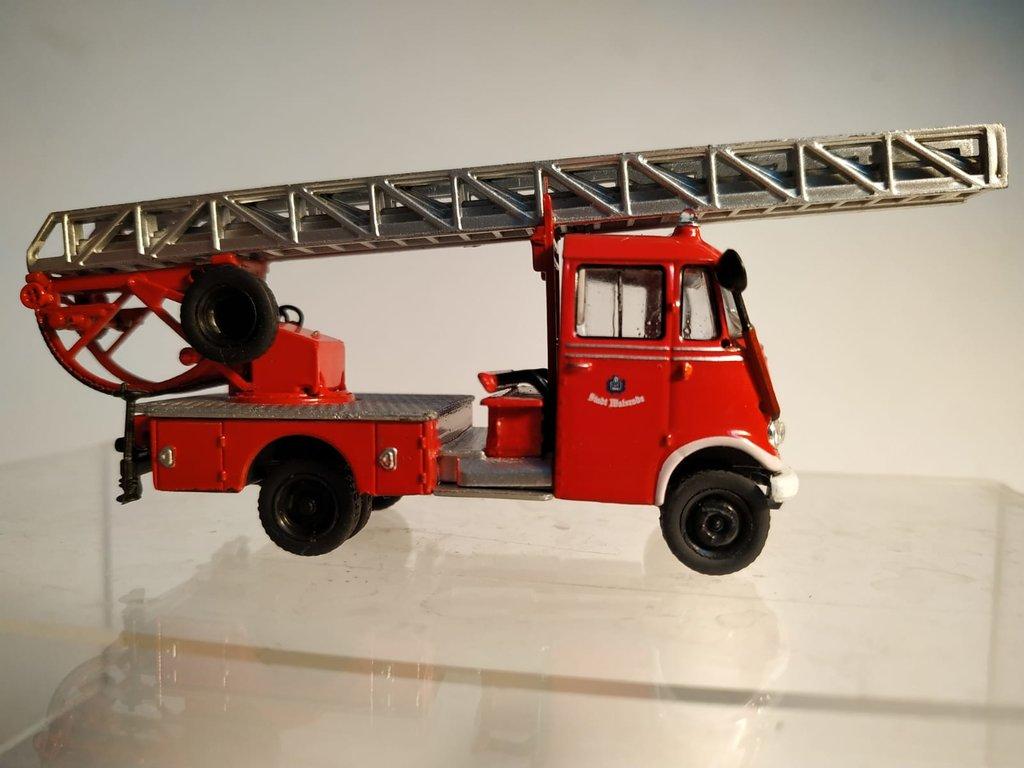 Feuerwehrmodelle aus der Atlas-Collection   41638857ey