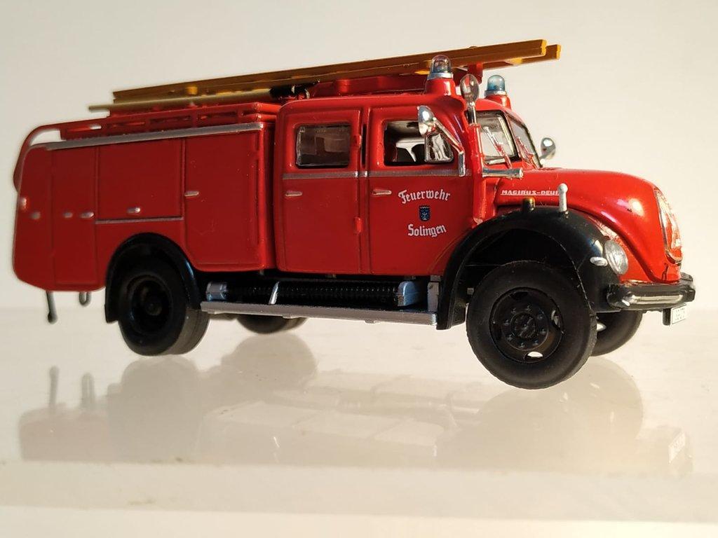 Feuerwehrmodelle aus der Atlas-Collection   41638860yu