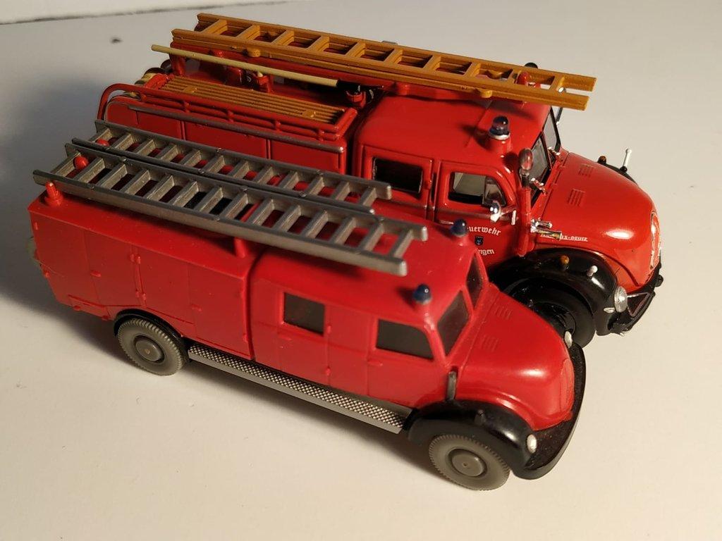 Feuerwehrmodelle aus der Atlas-Collection   41639508sw