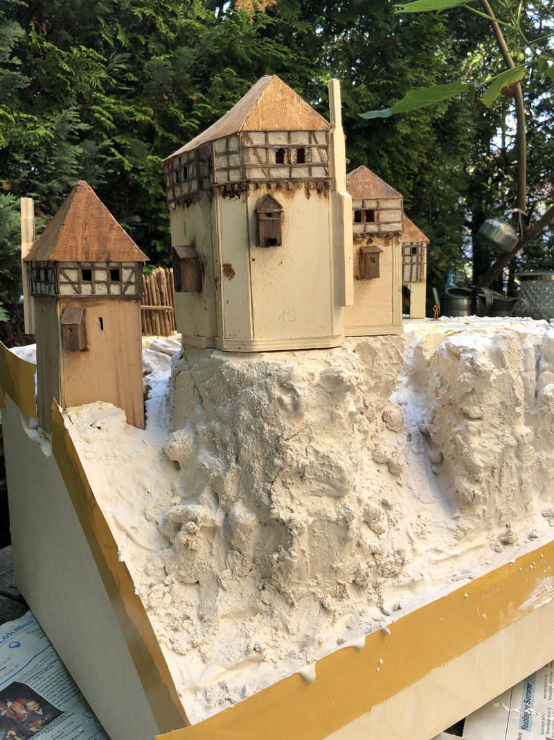 Burg Obergreifenstein - ca. 1:100 - Seite 2 41670152el
