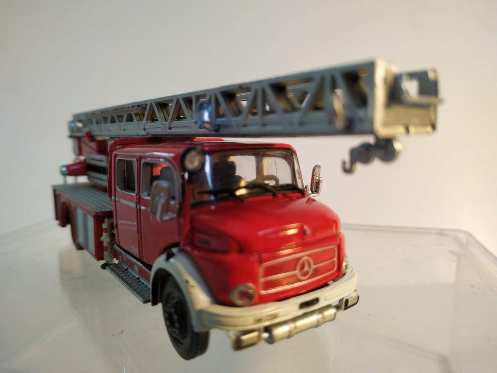 Feuerwehrmodelle aus der Atlas-Collection   41676160tz