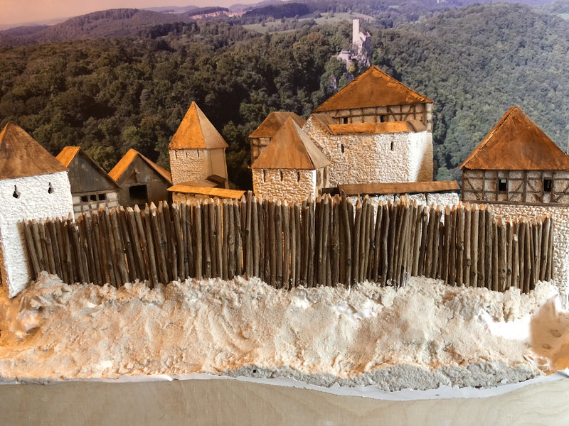Burg Obergreifenstein - ca. 1:100 - Seite 3 41763200pu