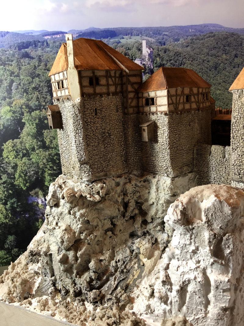 Burg Obergreifenstein - ca. 1:100 - Seite 4 41777819mq