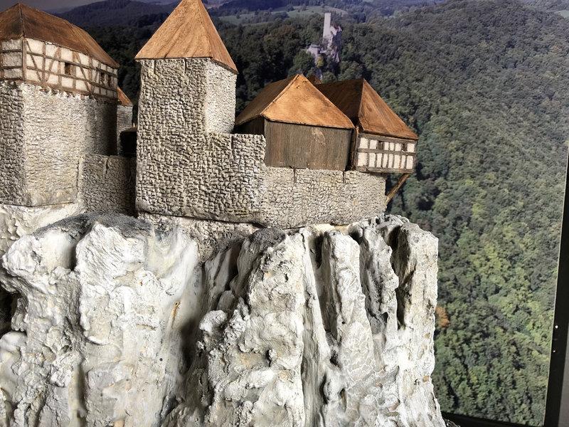 Burg Obergreifenstein - ca. 1:100 - Seite 4 41781913bt