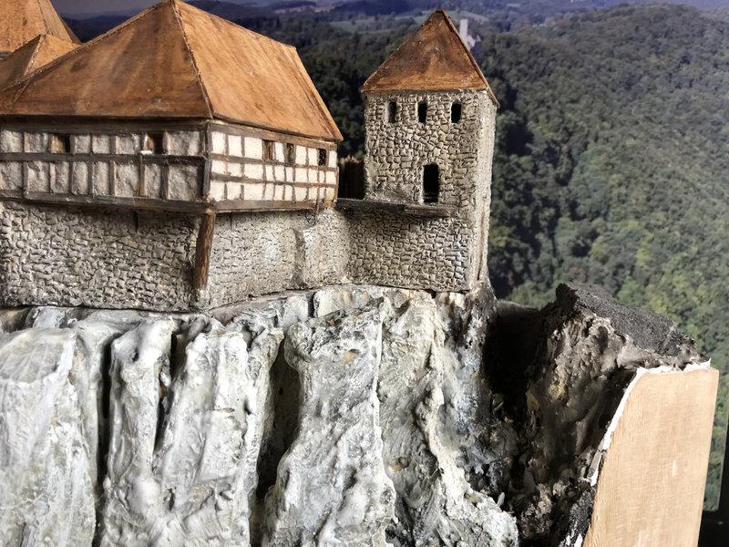 Burg Obergreifenstein - ca. 1:100 - Seite 4 41781914cx
