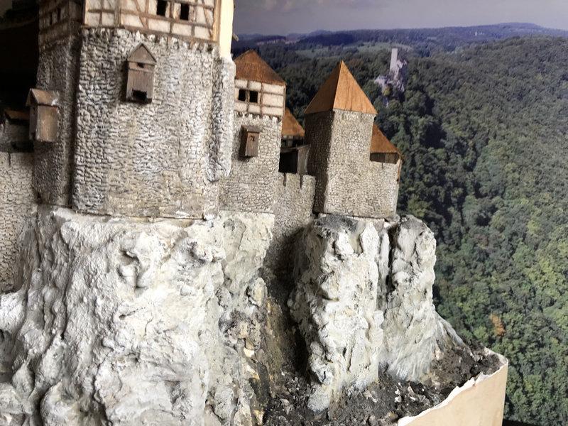 Burg Obergreifenstein - ca. 1:100 - Seite 4 41781917ic