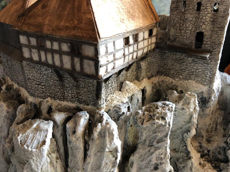 Burg Obergreifenstein - ca. 1:100 - Seite 4 41790377ds