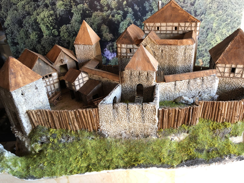 Burg Obergreifenstein - ca. 1:100 - Seite 4 41832627bc
