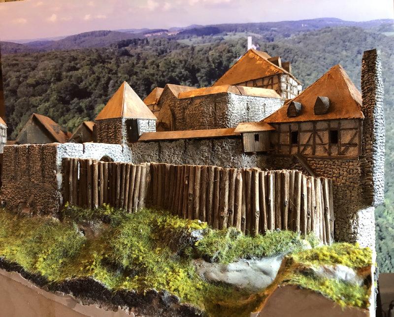 Burg Obergreifenstein - ca. 1:100 - Seite 5 41892947hx