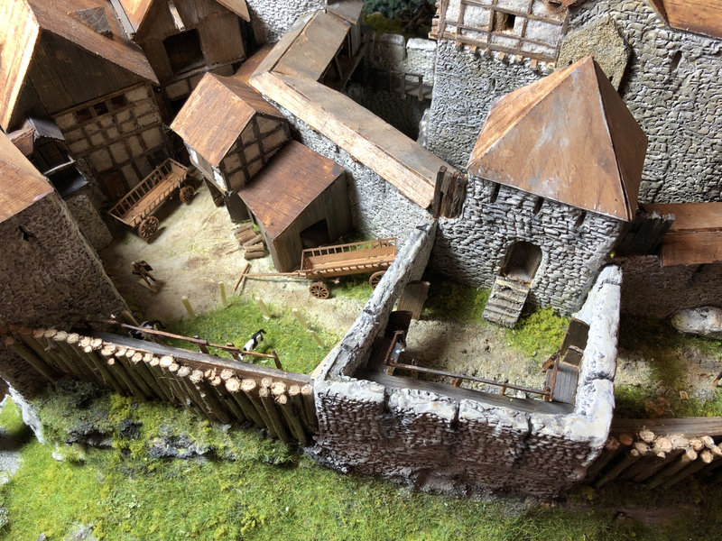 Burg Obergreifenstein - ca. 1:100 - Seite 5 41892949mb