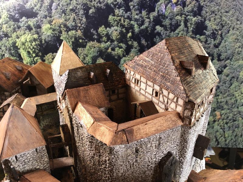 Burg Obergreifenstein - ca. 1:100 - Seite 5 41927050jr