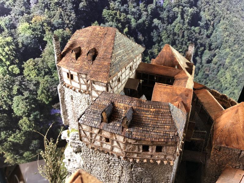 Burg Obergreifenstein - ca. 1:100 - Seite 5 41927052tl
