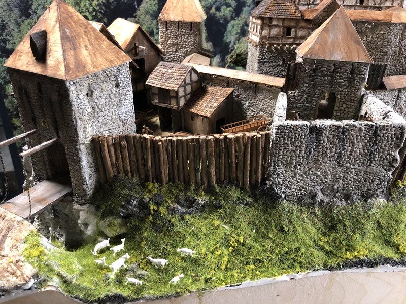 Burg Obergreifenstein - ca. 1:100 - Seite 5 41927061fe