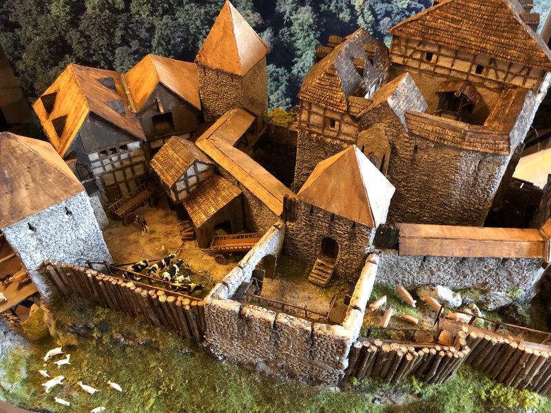 Burg Obergreifenstein - ca. 1:100 - Seite 5 41946598ng