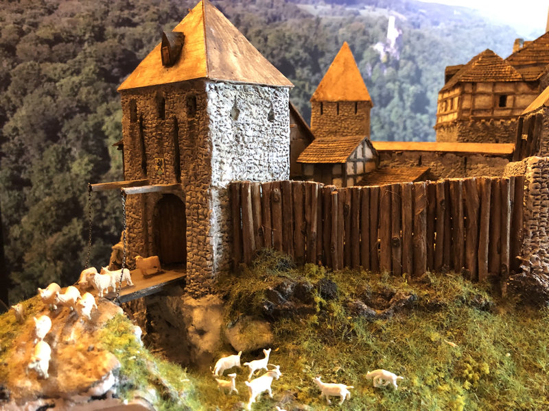 Burg Obergreifenstein - ca. 1:100 - Seite 5 41946600lh