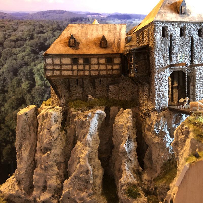 Burg Obergreifenstein - ca. 1:100 - Seite 5 41946602gz