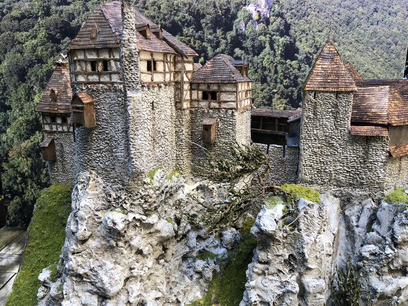 Burg Obergreifenstein - ca. 1:100 - Seite 6 41966243az