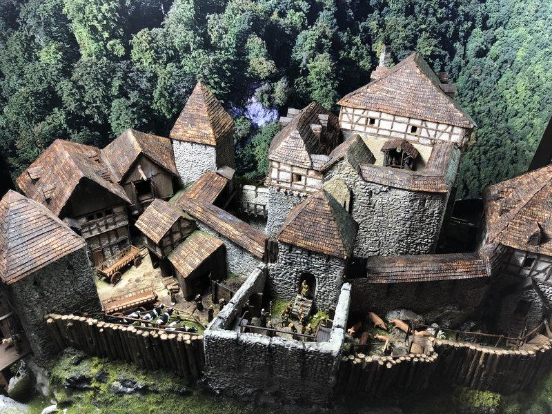 Burg Obergreifenstein - ca. 1:100 - Seite 6 41974590md