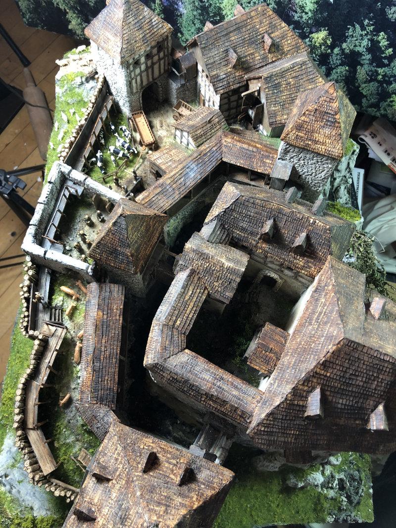 Burg Obergreifenstein - ca. 1:100 - Seite 6 41974595yg