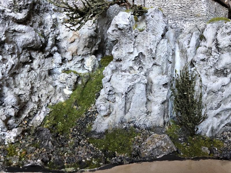 Burg Obergreifenstein - ca. 1:100 - Seite 6 41976388fo