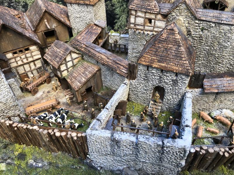 Burg Obergreifenstein - ca. 1:100 - Seite 6 41979267yu