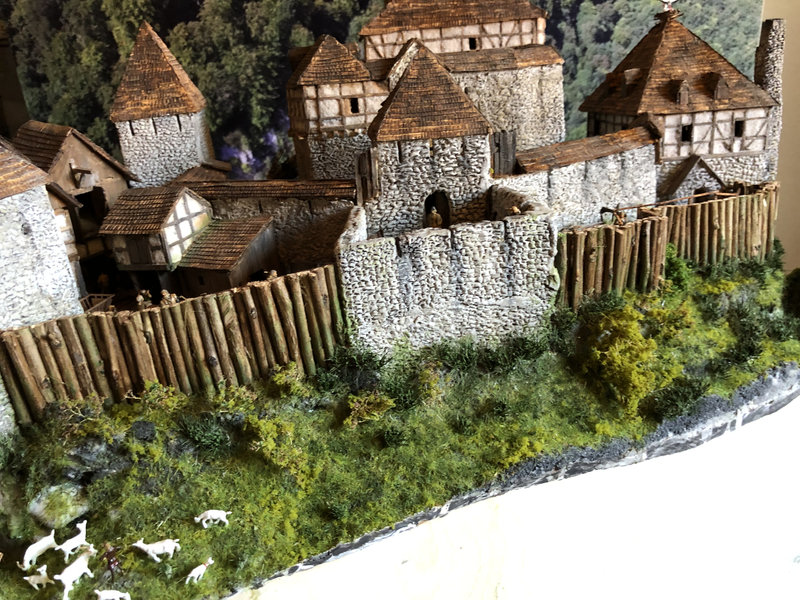 Burg Obergreifenstein - ca. 1:100 - Seite 6 41992360hr