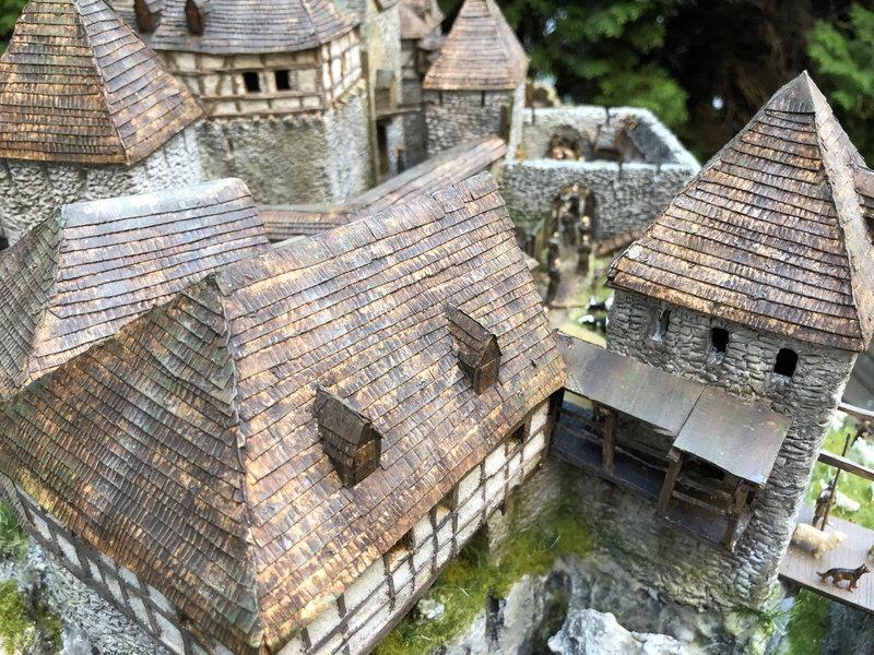 Burg Obergreifenstein - ca. 1:100 - Seite 7 41999163hd