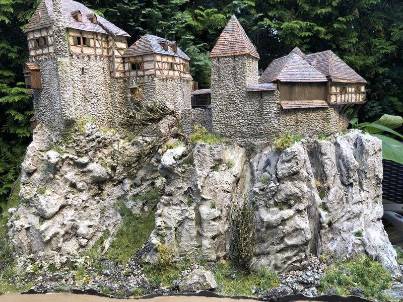 Burg Obergreifenstein - ca. 1:100 - Seite 7 42013935ku