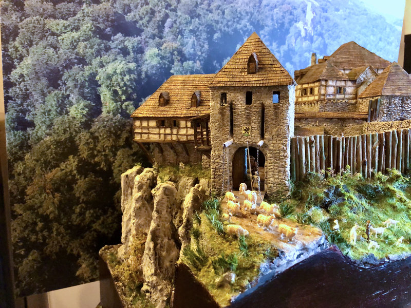Burg Obergreifenstein - ca. 1:100 - Seite 7 42027027zz