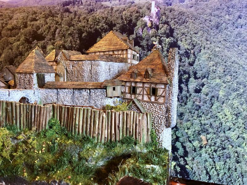 Burg Obergreifenstein - ca. 1:100 - Seite 7 42027028ez