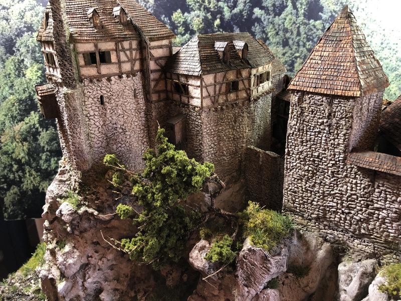 Burg Obergreifenstein - ca. 1:100 - Seite 8 42046555yj