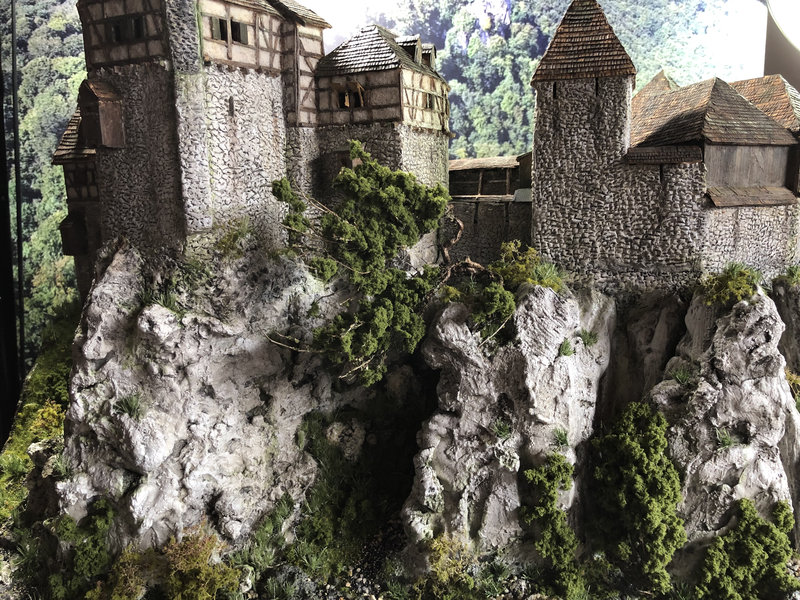 Burg Obergreifenstein - ca. 1:100 - Seite 8 42055186ar
