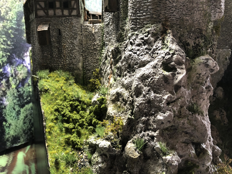 Burg Obergreifenstein - ca. 1:100 - Seite 8 42055187pi