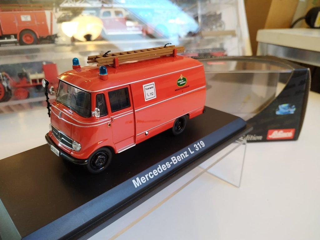 Feuerwehr Modelle der Firmen Schuco und Minichamps 42248599by