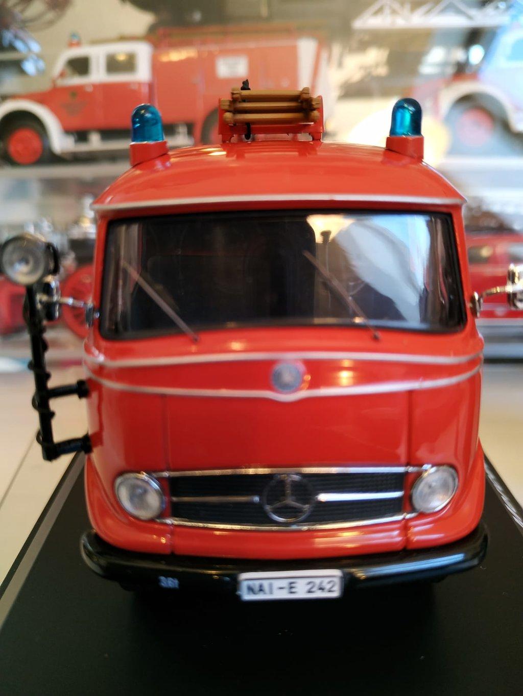 Feuerwehr Modelle der Firmen Schuco und Minichamps 42248649zt
