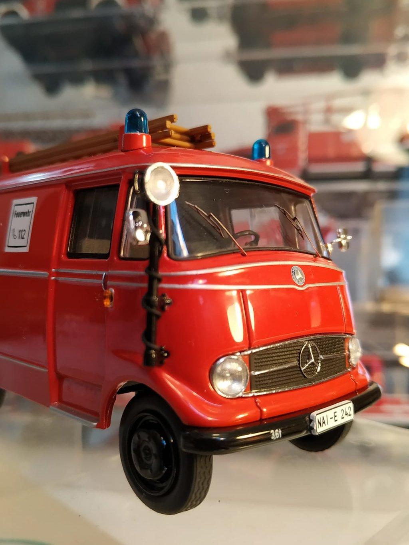 Feuerwehr Modelle der Firmen Schuco und Minichamps 42248758fw