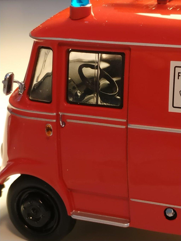 Feuerwehr Modelle der Firmen Schuco und Minichamps 42248759nz